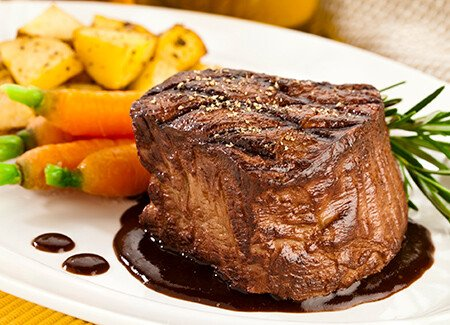 Filet Mignon with Balsamic Red Wine Sauce