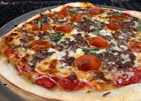 Grilled Ground Beef & Pepperoni Pizza